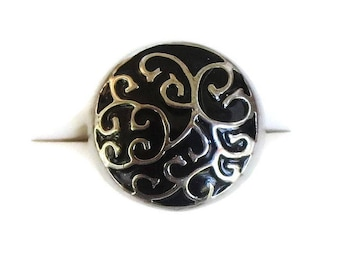 Black Enamel & Silver Tone Scroll Ring Vintage Domed Wide Band Size 9