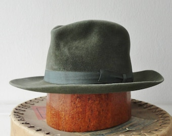 Green Classic Fedora Hat // Corona // Quality Extra // Size 56