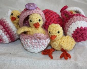 CROCHET PATTERN: Hatching Chick Eggs