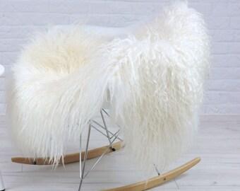 "Genuine curly cream white Icelandic single sheepskin rug | large & luxurious | ""Mongolian style"" decorative rug, chair cover, throw | i99"