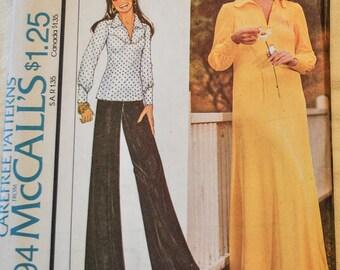Vintage 1970s McCalls 4394 Sewing Pattern, Marlo's Corner, UNCUT, Size  44, Bust 48, Maxi Dress, Wide Legged Pants, Smock Top
