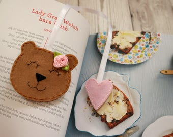 Teddy bear bookmark, Unique bookmark, Girly bookmark, Book gifts, Teddy bear gifts, Felt bookmark, Brown bear bookmark, Teddy bear kids gift