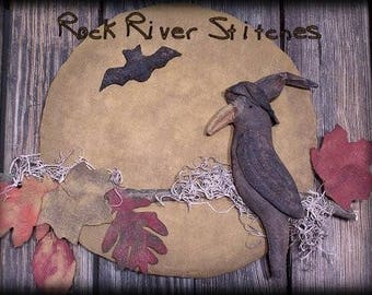 Primitive Halloween Crow Moon Door Hanger E-PATTERN
