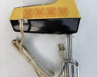 Vintage 70s Westinghouse Hand Mixer Retro Mustard Yellow