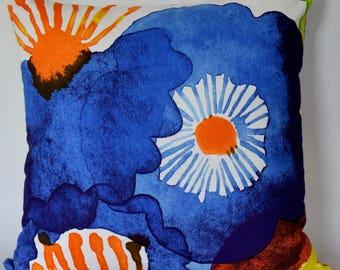 "20""x20"" Marimekko Pillow Cover. Handmade. Pattern:Juhannustaika by Aino-Maija Metsola.(50x50cm)"