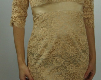 CHAMPAGNE CHANTILLY LACE wiggle dress 1950's 1960's 34/26/36 (A5)