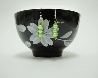 Peas in a pod earrings green wire wrapped handmade vegetable earrings vegan mother three