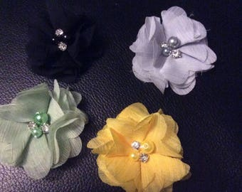 SET of 4 flower APPLIQUES with Pearl and rhinestone color mix