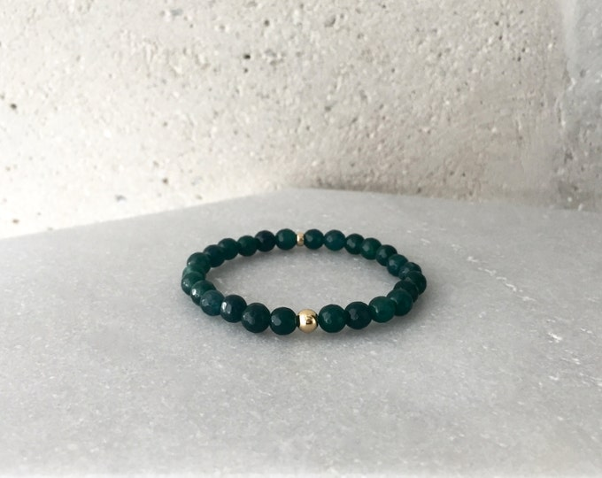 Large Jade Green Stretch Bracelet