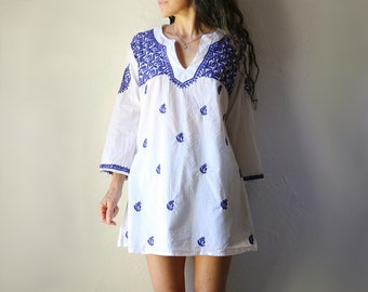 Embroidered Indian Cotton Tunic // Swimsuit Cover // Blue and White, L