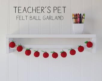 Felt ball garland - Teacher's gift -  Back to school - Teacher appreciation gift - Apple garland - Wool ball garland - Fall decor - Dorm