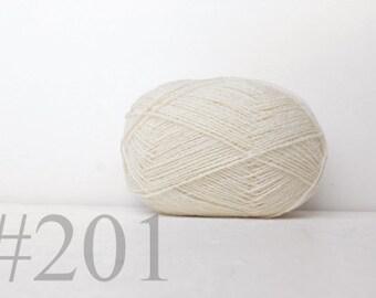 WOOL yarn 100%-knitting yarn - natural white #201, white wool yarn for knitting, crochet, weaving, felting, Pure wool yarn