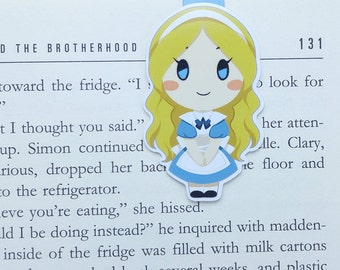 Alice - Magnetic bookmark - Alice in Wonderland || book lover gifts | lewis carroll | bookmark | bookish | bookmarks