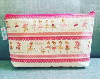 Zip pouch - personalized zip pouch - make-up pouch - diaper pouch - changing pouch - pencil case - organizer - bag organizer - various