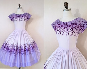 Vintage 1950s Purple Floral Embroidered Cotton Full Skirt Garden Party Dress S