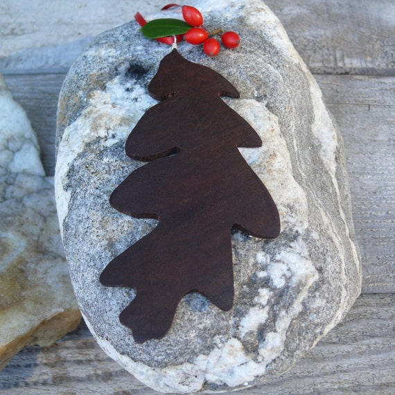 Natural wood Christmas Ornament, Oak leaf ornament, Eco christmas, Rustic Christmas Holiday decor, Nature Ornaments, Country Christmas