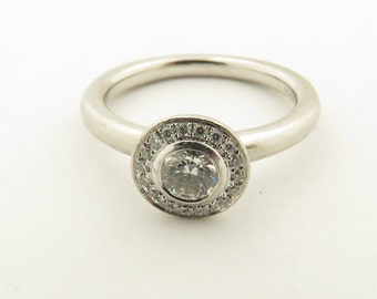 Vintage Platinum Central Round Diamond (.25 carats, VS, G/H) Bezel Set w/ Circular Top, Ring / 5 1/4.