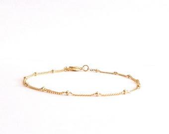 Simple Satellite Chain Bracelet, Minimal Bracelet, Thin Chain Bracelet, Dainty Gold Bracelet, Simple Gold Bracelet, Delicate Gold Bracelet