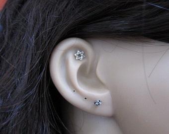 Sterling Silver Star of David Cartilage Earring, Tragus Earring, Helix , Tiny stud Earring, piercing, Multiple piercing .