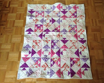 Kissing Fish Baby Quilt, baby girl, modern quilt, baby shower