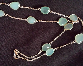 Vintage Sterling Silver and Chalcedony Necklace