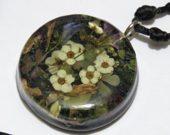 Pendant, real peridots & flowers from my garden