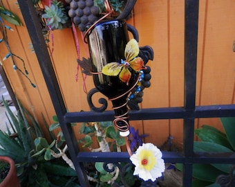 Pretty Glass  Handcrafted Hummingbird Feeder