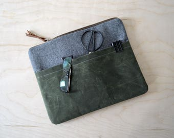 Laptop Sleeve with Zipper in Charcoal Linen and Waxed Canvas - Macbook Sleeve - Macbook Case - Laptop Bag
