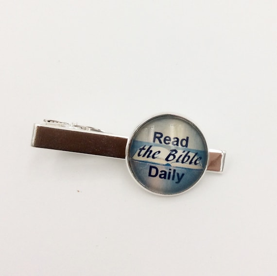 "JW ""Read God's Word Daily Tie bar in Silver-tone,  Blue velvet gift pouch included. #407"