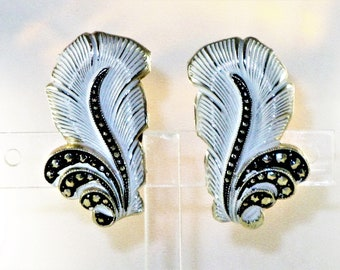 Vintage West Germany Eloxal White Enamel and Marcasite Feather Clip Earrings  (E-1-5)