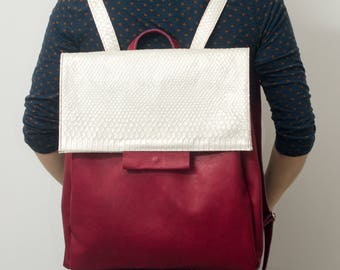 Bordo and white snake leather backpack, tote backpack, Italian leather bag, hobo backpack.