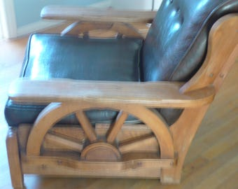Vintage Wagon Wheel chair