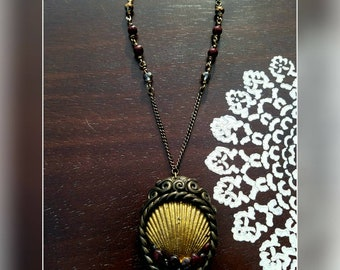 Vintage style Sea Shell necklace