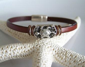 Brown Leather Turtle Focal Bracelet - Item R2201