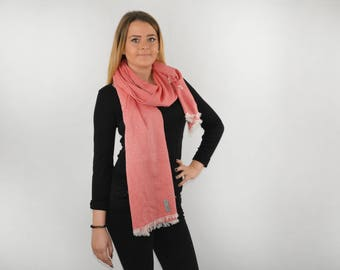 Scarf to bind viscose salmon of a sense