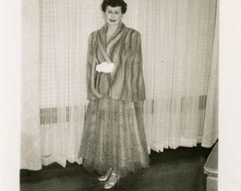 vintage photo 1953Fancy Lady in Mink Fur Coat Stole Mid Century Middle Age Princess