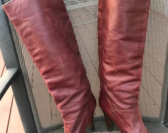 Vintage Leather Maroon High Heeled Boots 7 1/2 Well Worn