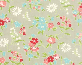 Sale Vintage Picnic grey cotton fabric by Bonnie and Camille for moda fabric 55125 15