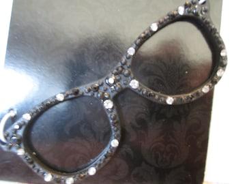 Eyeglass pendant