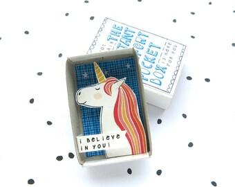 Altijd een eenhoorn - The Instant Comfort Pocket Box - ik geloof in u! -op te vrolijken en troost vak - rainbow - message in een doos