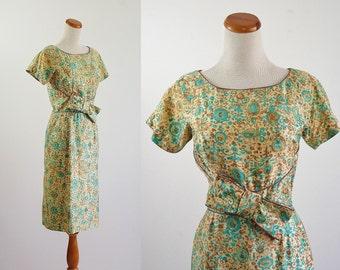 Vintage 1950s Dress, 50s Wiggle Dress, Aqua Floral Print, Mid Century Dress, Short Sleeve Dress,  Medium Bust 36 Waist 26