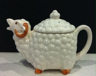 Ram Teapot - Vintage Retro