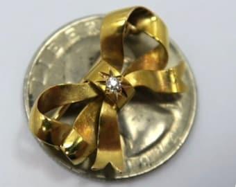VICTORIAN 18K DIAMOND BOW Pendant