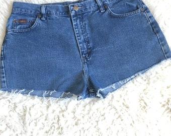 Lee Cut Off Shorts