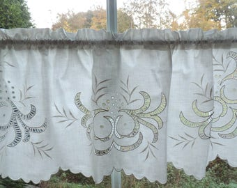 The Special Curtain: beautiful single piece with white embroidery