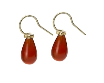 Pendant, 18 kt yellow gold, carnelian, orange, polished surfaces. Available in pairs.