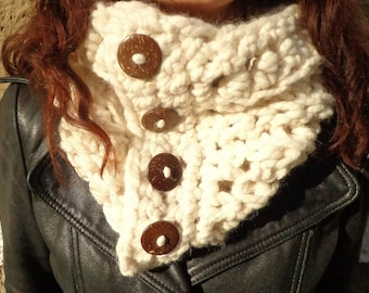 Chunky Cowl, Chunky Neck Warmer, Chunky, Coconut Button, Warm Cowl, Fashion Cowl, Thick, Cushy Cowl