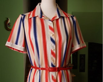 Cute and Fun 1970s Vintage Vertical-Striped Shirt-Dress - Size 14