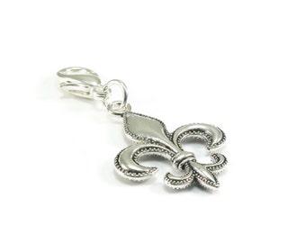 SALE Fluer de Lis Zipper Pull, Fluer de Lis Purse Charm, Silver Clip On Charms