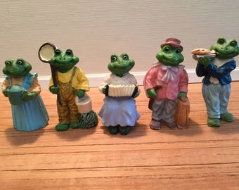 Set of 5 Mini Resin Frog Figures